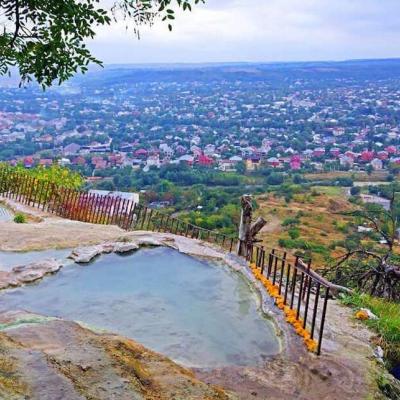 Бесстыжие воды , Кавказские минеральные воды